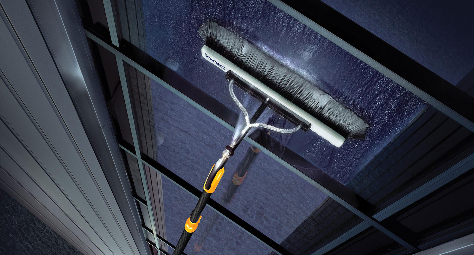Window Cleaning Tmco The Maintenance Company